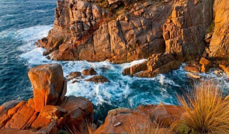 Devil's Kitchen - Walk Kangaroo Island